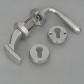 Safety front-door excenter knob set + rose