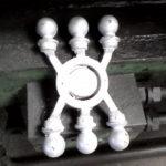 Gépi nyomásos öntéssel készült alumínium kerítésdíszek – Nyeste és Nyesténé Kft., Berettyóújfalu, II. számú telephely, alumíniumöntöde